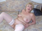 Young granny nude