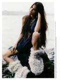 th_40309_Vogue_Fran63a_Agosto2004_phMarioSorrenti_IsabeliFontana_06_122_385lo.jpg