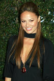 The actress Moon Bloodgood started her career by modeling for the cosmetic giants Revlon, Clairol and Avon. She is also an ex-Los Angeles Laker Girl, who has performed as a dancer with Prince, Brandi and the Offspring. Her television credits include 'Just Shoot Me,' 'C.S.I.' and 'North Shore' and made her film debut as the gorgeous woman in 'Win a Date with Tad Hamilton' in 2004. Moon Bloodgood's most well-known role came as Katie in the Disney hit movie 'Eight Below. Foto 36 (Актриса Мун Бладгуд начал свою карьеру в моделировании для косметического гиганта Revlon, Clairol и Avon.  Фото 36)