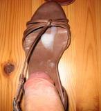 seks-i-konchanie-v-zhenskuyu-obuv